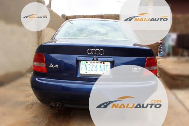Nigeria Used Audi A4 2000 Model Blue-4