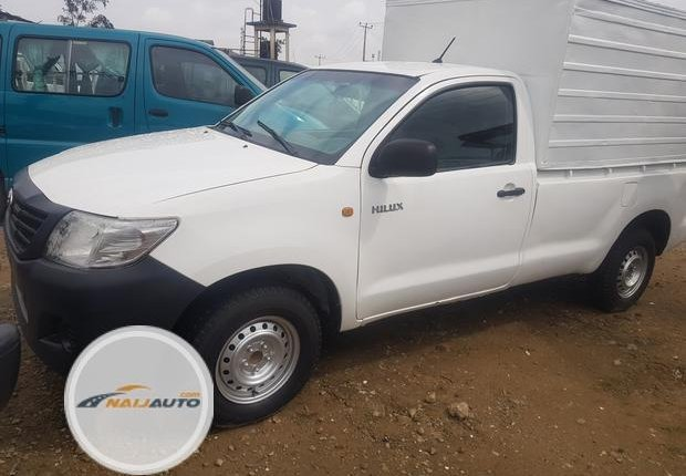 Foreign Used Toyota Hilux 2010 Model White -0