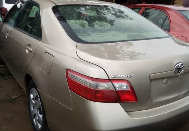 Super Clean Foreign used Toyota Camry 2009-2