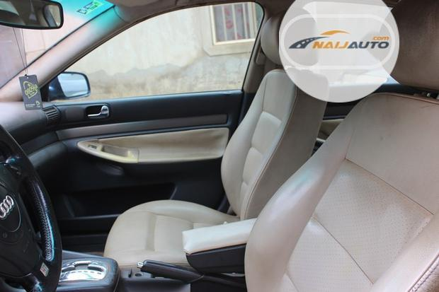 Nigeria Used Audi A4 2000 Model Blue-3