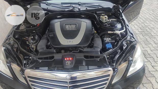 Clean Mercedes-Benz E350 2011 Gray-1