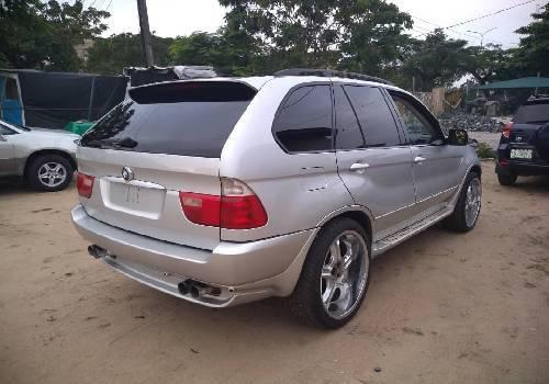 Super Clean Foreign used 2003 BMW X5 -9