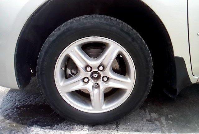 Super Clean Nigerian used 2004 Toyota Sienna -0