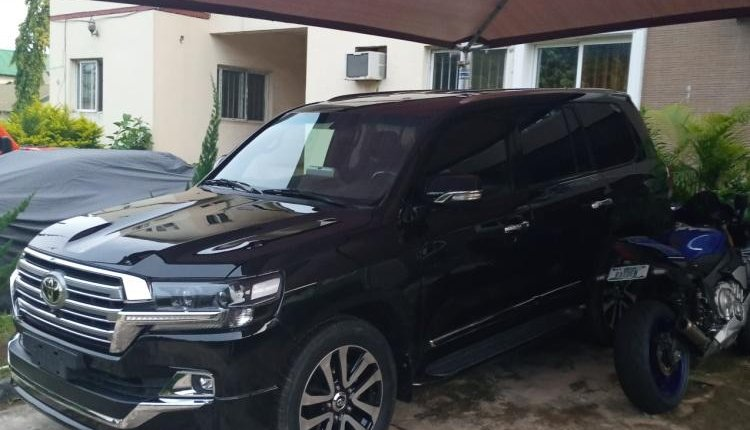 Clean Foreign used 2014 Toyota Land Cruiser-4
