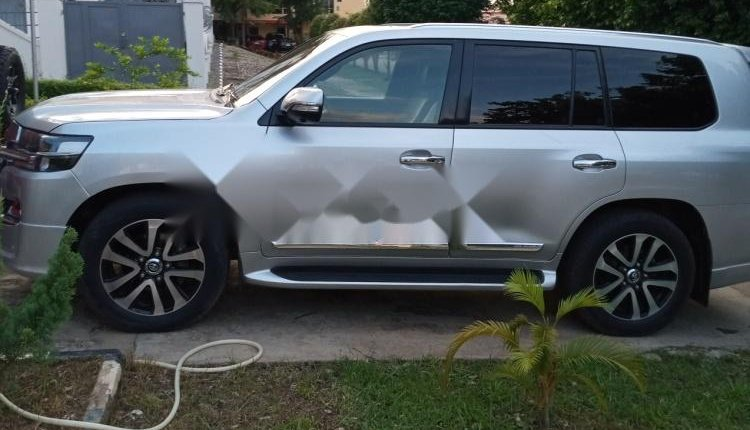 Clean Foreign used 2014 Toyota Land Cruiser-6