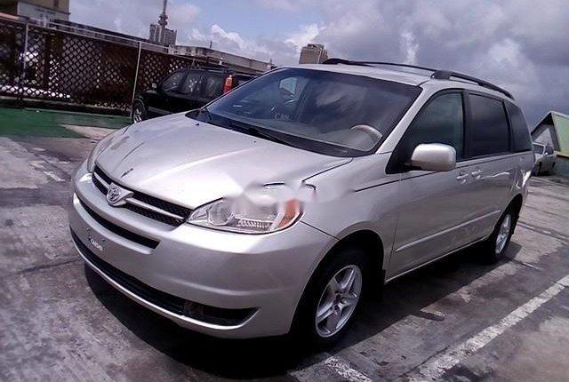 Super Clean Nigerian used 2004 Toyota Sienna -11
