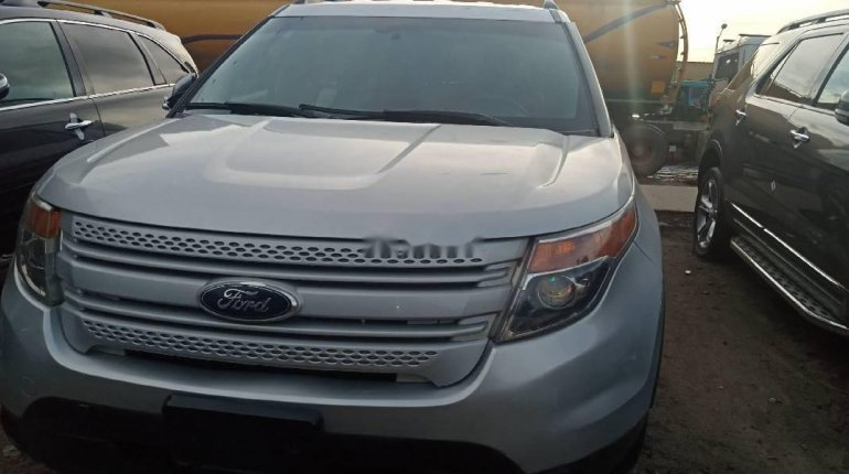 Super Clean Foreign used Ford Explorer 2012-5
