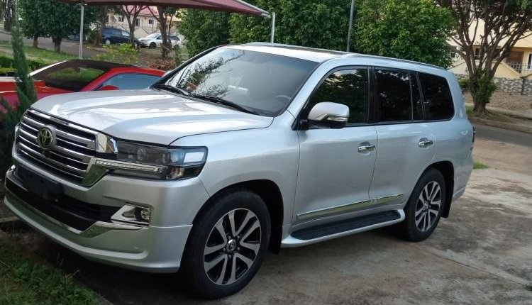 Clean Foreign used 2014 Toyota Land Cruiser-7