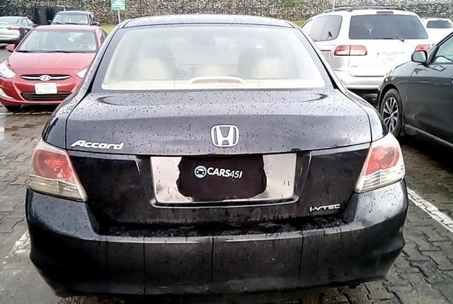 Neat Nigerian used 2008 Honda Accord-6