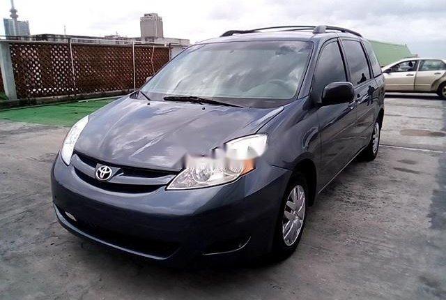 Super Clean Nigerian used 2009 Toyota Sienna-11