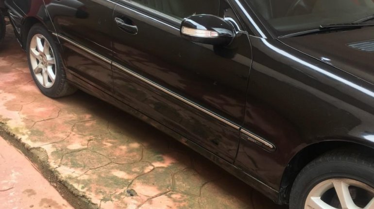 Super Clean Foreign used Mercedes-Benz C230 2006 -3