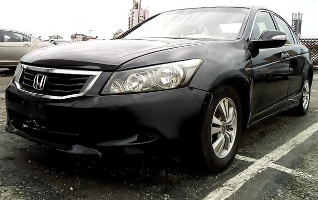 Super Clean Nigerian used Honda Accord 2008 -13
