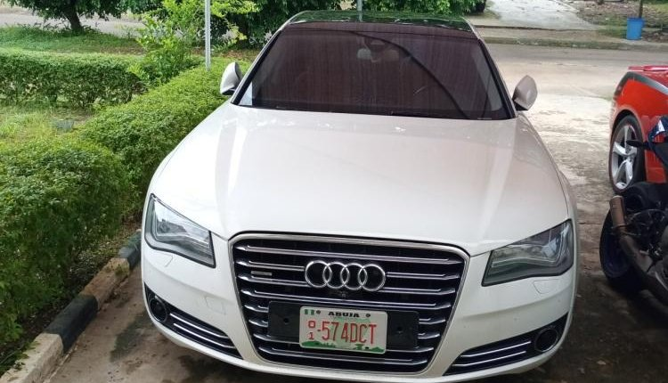Clean Foreign used 2014 Audi A8 -1