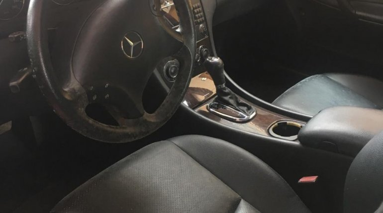 Super Clean Foreign used Mercedes-Benz C230 2006 -2