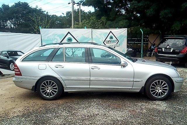 Super Clean Nigerian used Mercedes-Benz C200 2002-7