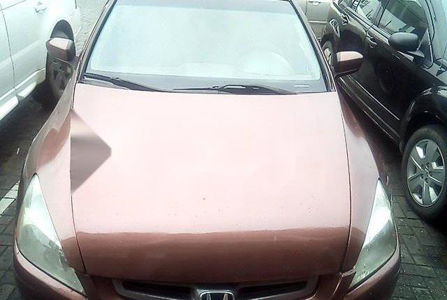 Neat Nigerian used Honda Accord 2004-13