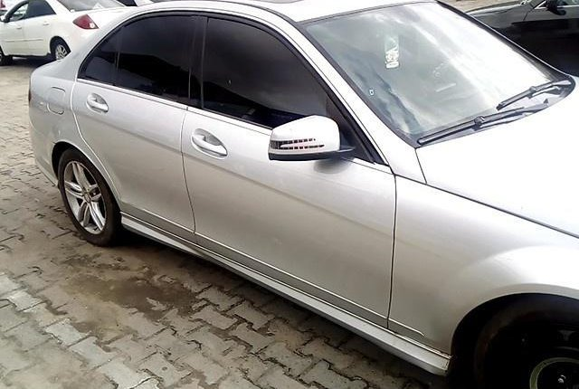 Super Clean Nigerian used Mercedes-Benz C300 2008-7