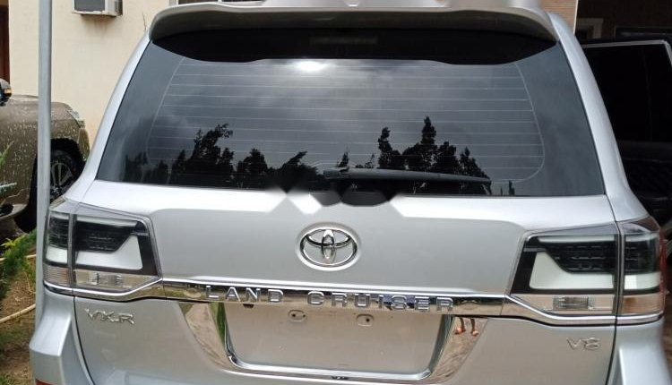 Clean Foreign used 2014 Toyota Land Cruiser-2