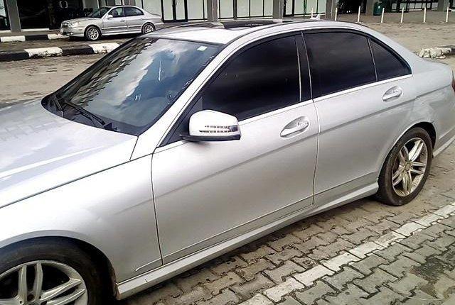 Super Clean Nigerian used Mercedes-Benz C300 2008-8