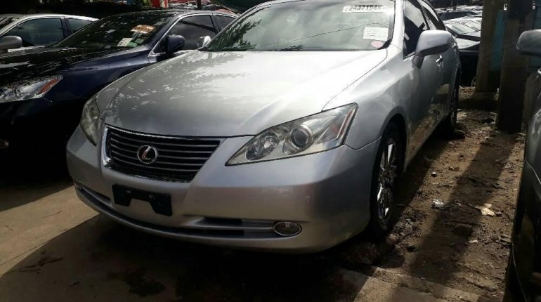Neat Foreign used 2008 Lexus ES-5