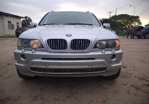 Super Clean Foreign used 2003 BMW X5 -2