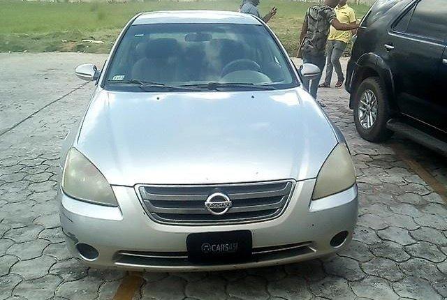 Nigerian Used Nissan Altima 2003 Automatic -12