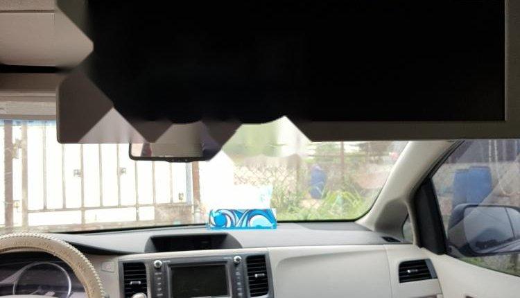 Nigeria Used Toyota Sienna 2001 Model Red-0