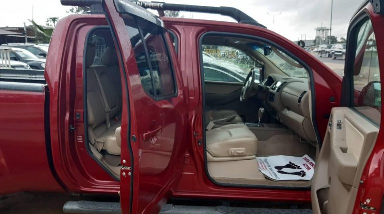 Foreign Used 2005 Nissan Frontier Automatic -2