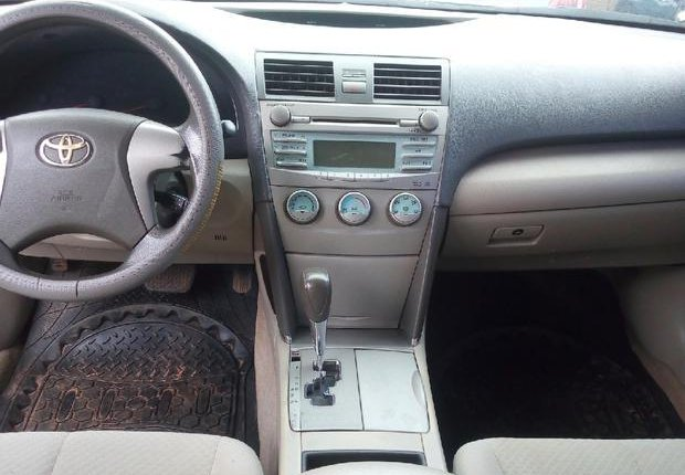 Very Clean Nigerian used Toyota Camry 2007 Gold-4