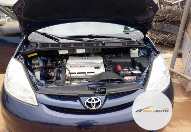 Foreign Used Toyota Sienna 2006 Blue-4