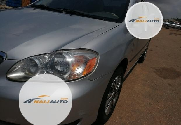 Foreign Used Toyota Corolla 2005 Model Silver-5