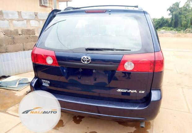 Foreign Used Toyota Sienna 2006 Blue-6