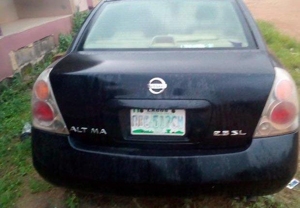 Nigeria Used Nissan Altima 2003 Model Black-3