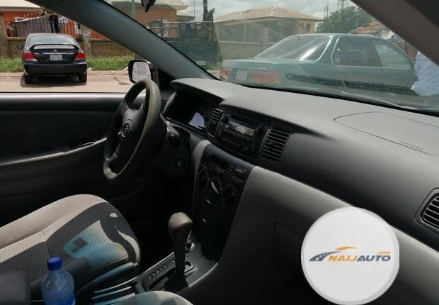 Foreign Used Toyota Corolla 2005 Model Silver-0