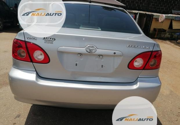 Foreign Used Toyota Corolla 2005 Model Silver-4