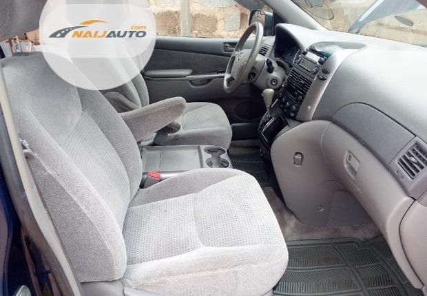 Foreign Used Toyota Sienna 2006 Blue-5