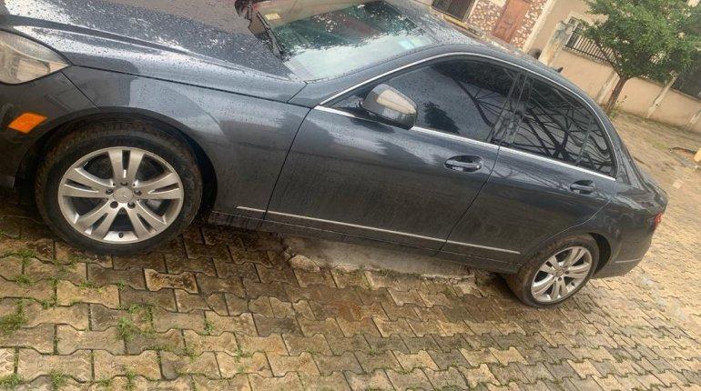 Super Clean Nigerian used  2008 Mercedes-Benz C300-1