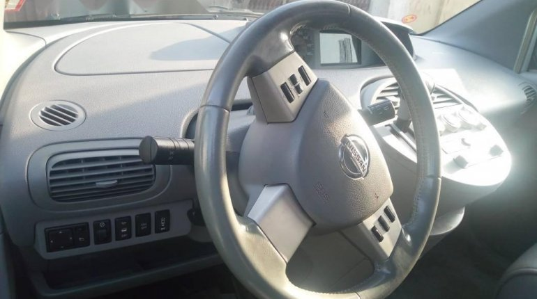 Foreign Used Nissan Quest 2005 Model Grey -0
