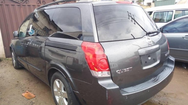 Foreign Used Nissan Quest 2005 Model Grey -3