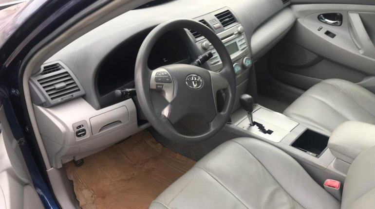 Tokunbo Toyota Camry 2007 Model Blue-2