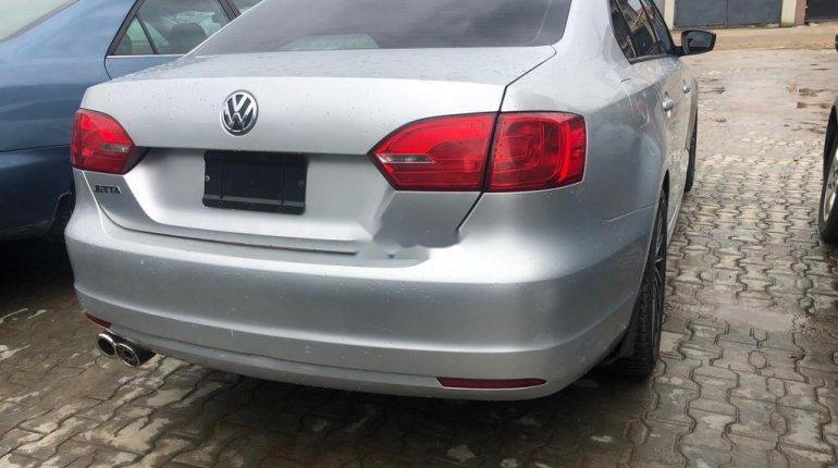 Nigeria Used Volkswagen Jetta 2011 Model Silver-0