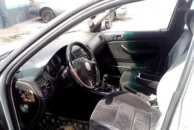Nigeria Used Volkswagen Bora 2004 Model Silver-3