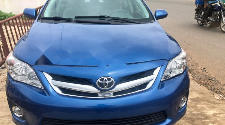 Super Clean Foreign used 2012 Toyota Corolla -0