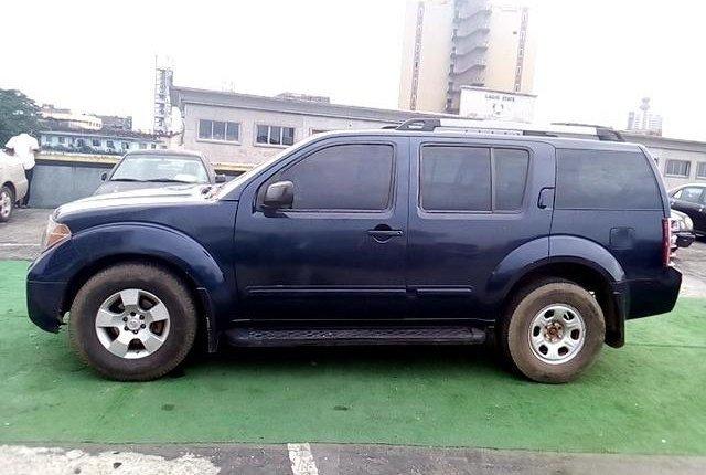 Nigeria Used Nissan Pathfinder 2005 Model Blue-8