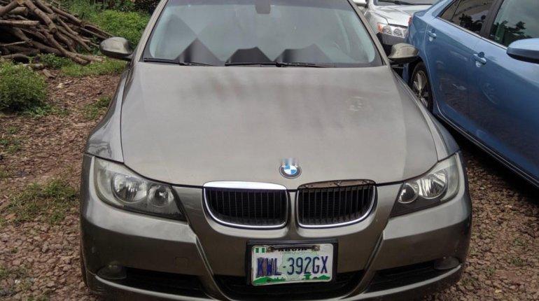 Nigeria Used BMW 318i 2006 Model Gold -8