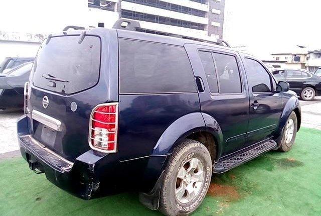 Nigeria Used Nissan Pathfinder 2005 Model Blue-4