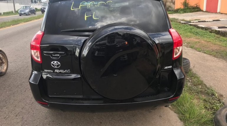 Tokunbo Toyota RAV4 2008 Model Black-4