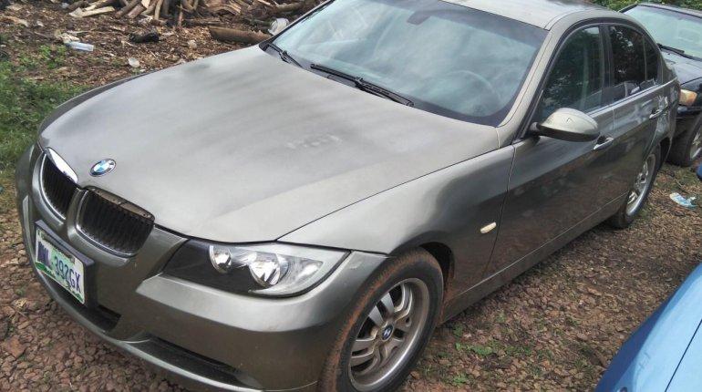Nigeria Used BMW 318i 2006 Model Gold -5