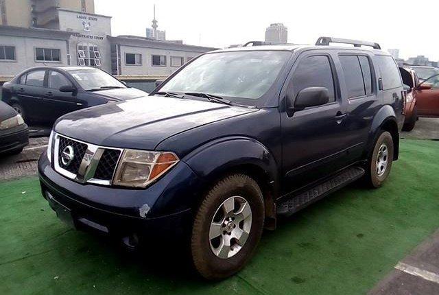 Nigeria Used Nissan Pathfinder 2005 Model Blue-12