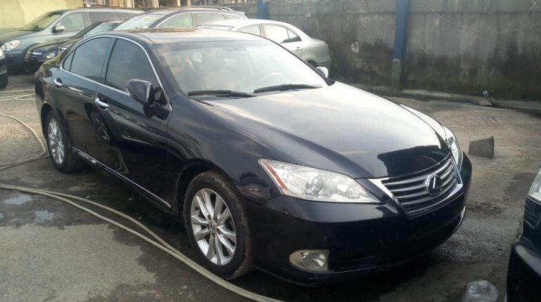 Foreign Used Lexus ES 2010 Model Black-4